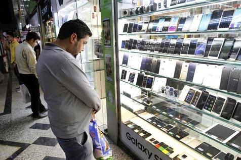 با رجیستر واردات مسافری ۹۰۰ هزار گوشی موبایل وارد کشور شد