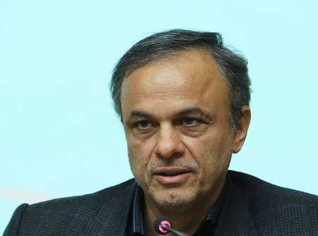 استاندار کرمان: باید بروکراسی اداری را هرچه بیشتر کاهش دهیم