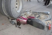 حادثه رانندگی در محور فراهان - خنجین یک کشته و 2 مجروح به جا گذاشت