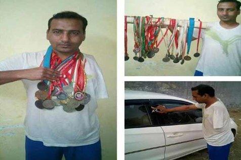 شناگر پارالمپیکی برای گذران زندگی مجبور به ماشین شویی است