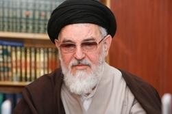 از نزدیک دلواپسی ها و دلهره های حاج احمد آقا را احساس می کردم