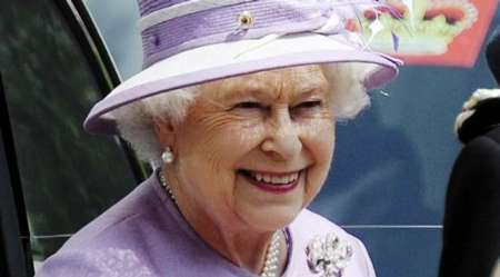 ثروت ملکه انگلیس چقدر است؟