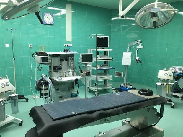 اتاق عمل بیمارستان آیت الله بروجردی به بهره برداری رسید