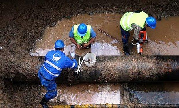 آب انتقالی کوهرنگ به یزد ساعت هفت صبح دوشنبه قطع می شود