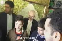 ابراز محبت مردم دمشق به محمد جواد ظریف در بارگاه حضرت زینب  (س)
