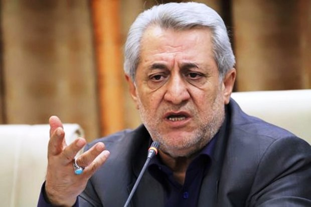 استاندار همدان: گردوی تویسرکان ثبت ملی شود