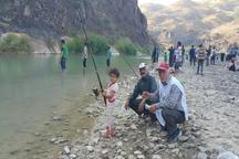 جشنواره ماهیگیری با قلاب درخلخال برگزار شد