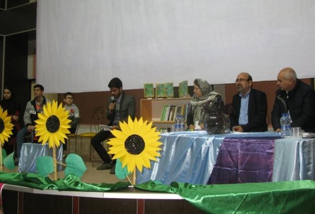 گلستان رتبه سوم تعداد داستان نویس در کشور را دارد