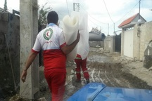 امدادگران تا تخلیه کامل سیلاب در کنار سیلزدگان می مانند