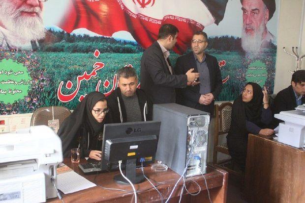 حضور داوطلبانی از تفکرهای مختلف انتخابات را پرشور میکند