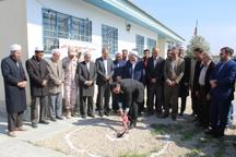 ساخت مدرسه خیرساز در روستای کرند گنبدکاووس آغاز شد