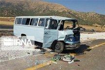 هفت مصدوم تصادف مینی بوس به بیمارستان دیواندره منتقل شدند