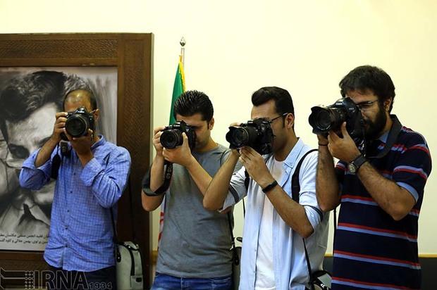 نشست تخصصی نگاه عکاسانه در زاهدان برگزار شد
