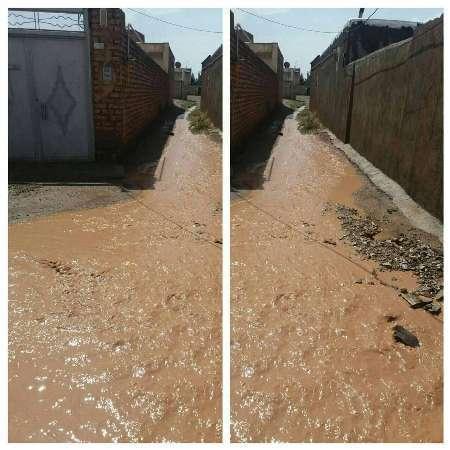 مردم مراقب سیلاب در مسیر قمرود باشند  سیلاب به سمت قم در حرکت است