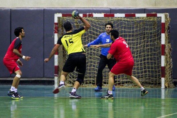 تیم هندبال زاگرس با الشارجه امارات دیدار میکند
