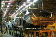 صنایع خودروساز  ملزم به پیگیری پرداخت طلب قطعهسازان شدند