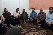 رزمندگان و مداحان گناوه با خانواده شهید مدافع حرم دیدار کردند