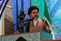امام جمعه ارومیه: حل مشکلات اقتصادی و اشتغال در گرو خرید کالای ایرانی است