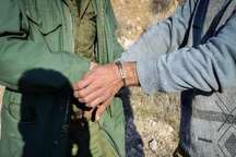 شکارچیان آهو در دام محیط بانان زنجان گرفتار شدند