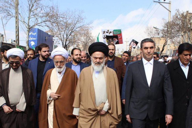 حماسه 22 بهمن آوردگاه مقاومت مردمی در برابر استکبار است