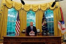 ترامپ بزرگترین حماقت استراتژیک در تاریخ را مرتکب می شود/ اتحاد چین و روسیه علیه آمریکا/ رئیس جمهور آمریکا «با آتش بازی می کند»