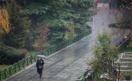 پیش بینی بارش باران و کاهش هشت  درجه ای دمای هوای تهران  احتمال سیلابی شدن مسیل ها وجود دارد
