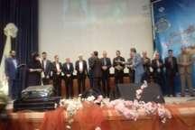 تجلیل از 40 معلم شاخص کشوری و استانی در البرز