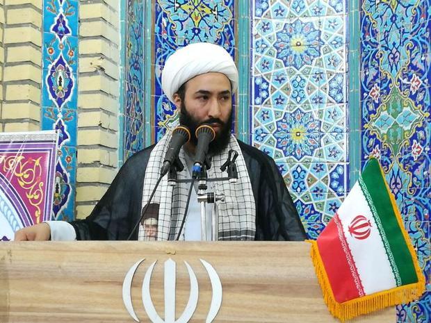 تنها راه غلبه بر دشمنان ، حفظ وحدت الهی ملت ایران است