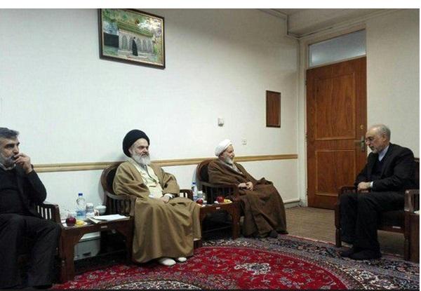 صالحی با آیتالله مکارم شیرازی دیدار کرد