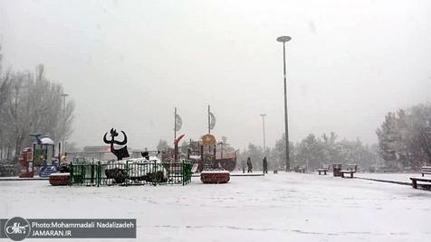 بارش برف و باران در شمال شرق کشور / جمعه آسمان ایران صاف است