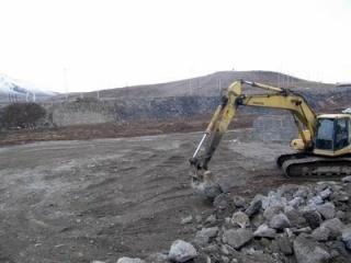 پنج هزار مترمربع از بستر رودخانه آینان سقز رفع تصرف شد