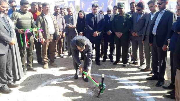 عملیات اجرایی 2 پروژه عمرانی در بندرامام آغاز شد