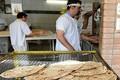 کارگران نانوایی در دوراهی ماندن یا تغییر شغل