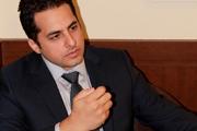 ایراناینترنشنال سانتر میکند، علی کریمی گُل میزند!