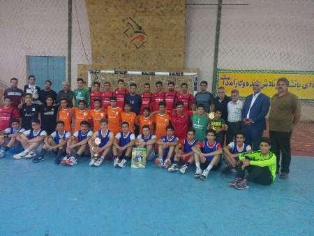 تیم های هندبال نوجوانان پیشگامان و سنگ آهن بافق کشوری شدند
