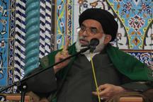 برنامه دشمن، شکستن قداست اسلام در میان جامعه است