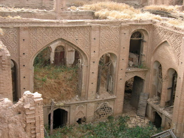 60 بنای تاریخی دزفول به مرمت اضطراری نیاز دارند  90 خانه تاریخی در آستانه ثبت ملی
