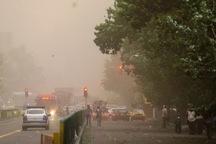 تند باد تهران را در نوردید