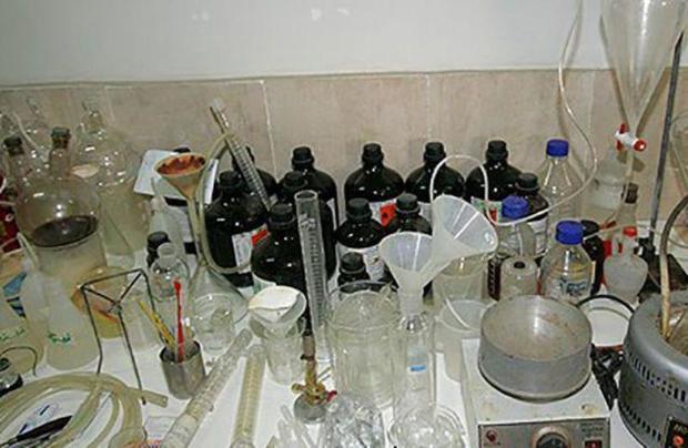 کارگاه تولید ماده مخدر شیشه در زرندیه متلاشی شد