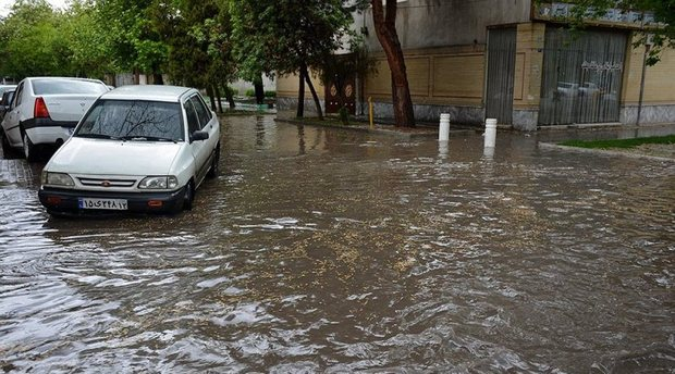 پنج معبر اصلی  در مشهد درچار آبگرفتگی شدند
