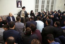 عکس/ خواهران منصوریان در دیدار با رهبر معظم انقلاب