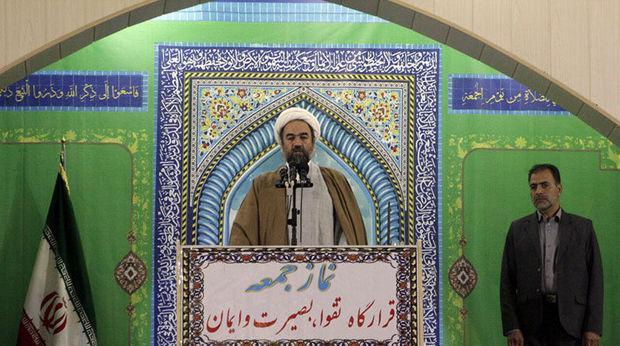 امام جمعه زاهدان: وحدت یک تاکتیک اصلی و استراتژی موردنیاز مسلمانان است