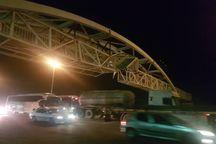 تصادف تریلر در آزاد راه کرج - قزوین ترافیک ایجاد کرد
