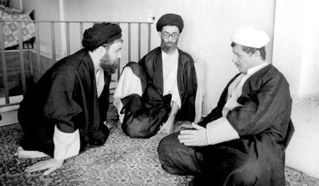 جلسه شبانه آیت الله خامنه ای و هاشمی و حاج احمد آقا