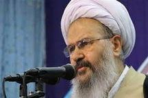 امام جمعه کاشان: پیروزی انقلاب اسلامی مانند معجزه های تاریخ ادیان الهی بود