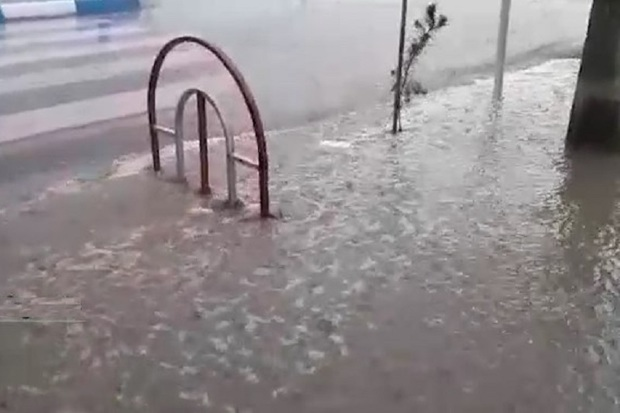 هواشناسی نسبت به وقوع آبگرفتگی و سیل در کاشان هشدار داد