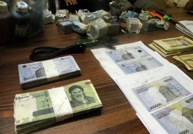 237 میلیون ریال اسکناس جعلی در اهواز کشف شد