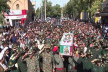 پیکر پاک پاسدار شهید در بناب تشییع شد