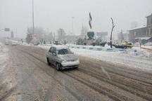 رئیس پلیس راه گیلان: جاده ها لغزنده است، رانندگان سرعت مطمئنه را رعایت کنند