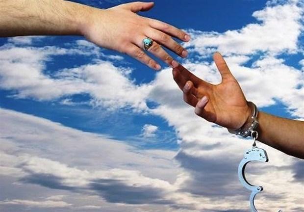 فیلمساز به نام گیلانی در تلاش برای آزادی جوان محکوم به قصاص